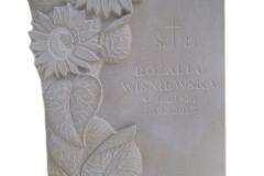 137 Plaskorzezba slonecznikow z piaskowca w tablicy nagrobnej, Gliwice